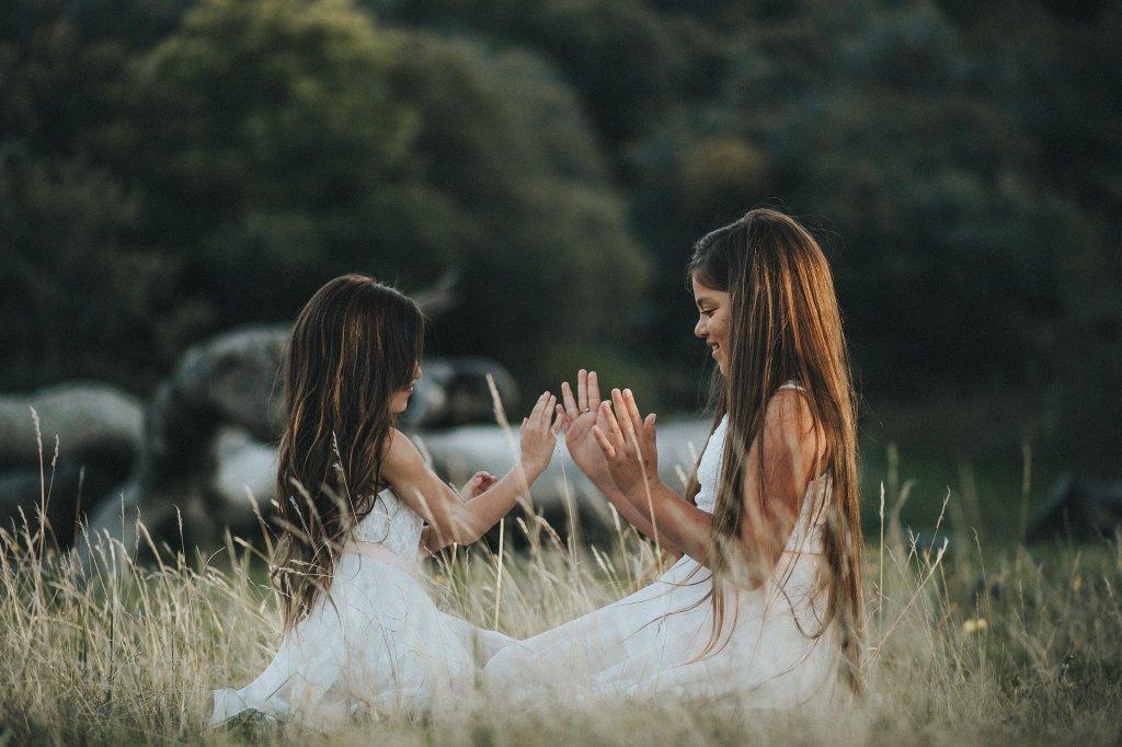 meninas brincando