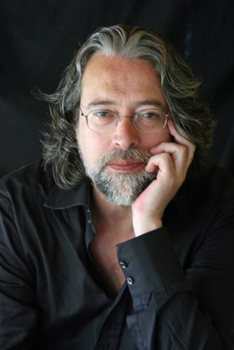 Poeta Luís Filipe Sarmento