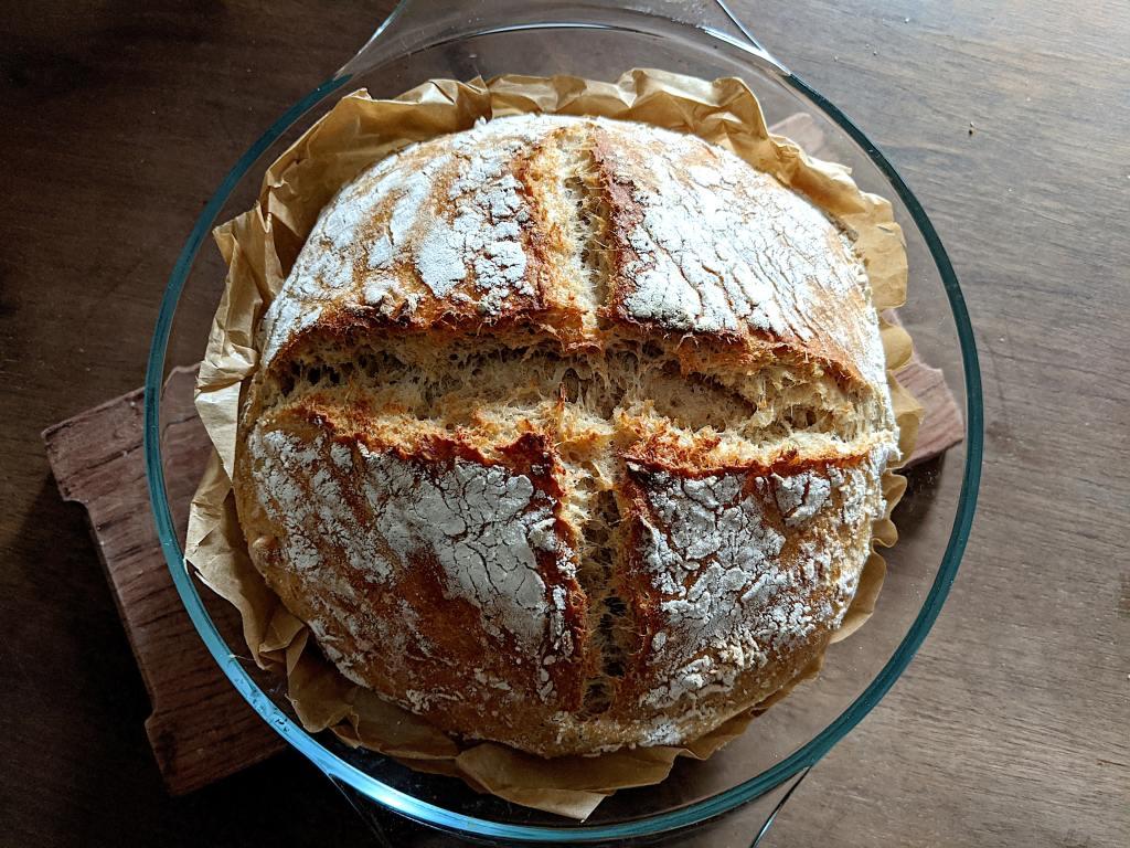 Pão escuro de mistura