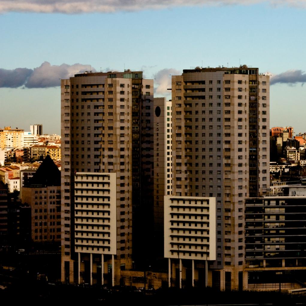 Torres Gémeas, Lisboa