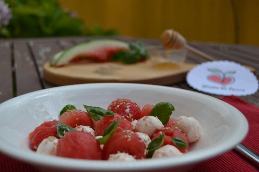 Salada de melancia e mozarela