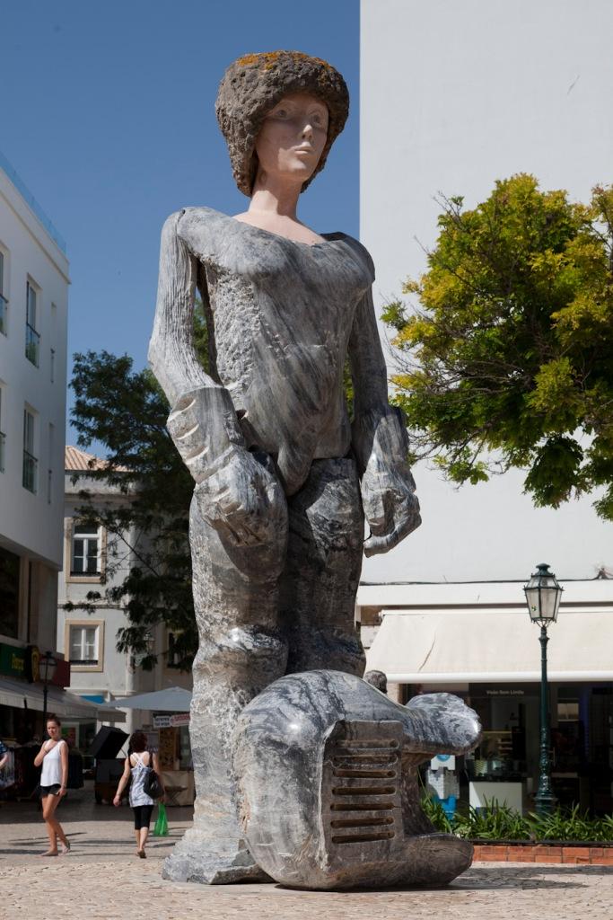 João Cutileiro, Estátua de D. Sebastião, Lagos