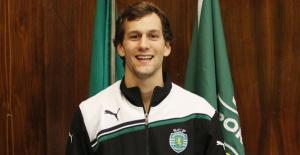 Diogo Ferreira Tribolet de Abreu é um trampolinista português nascido nos Estados Unidos.